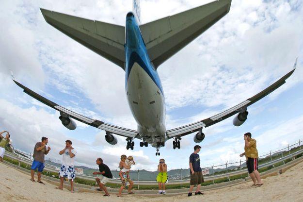 Maho Plane Langing